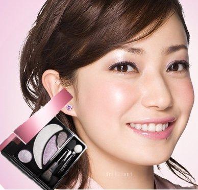 花王 ソフィーナ AUBE オーブクチュールデザイニングシャインアイズ 531パープル系 菅野美穂使用色