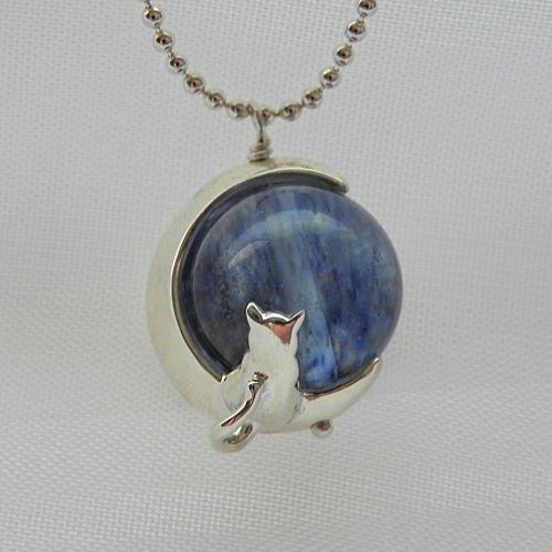 [ブルーキャット]Blue Cat ブルーベリークォーツネコネックレス シルバーブルーベリークォーツペンダント ムーンキャットネックレス ネコネックレス レディースネックレス 猫ネックレス Silver925 ハンドメイド 日本製