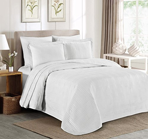 Chezmoi Collection Kingston 3-piece Oversized Bedspread Coverlet Set (King, White)