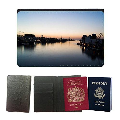 cubierta-del-pasaporte-de-impresion-de-rayas-m00169233-ludwigshafen-reno-industria-basf-universal-pa