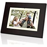 Coby DP702 7-Inch Widescreen Digital Photo Frame (Woodgrain)
