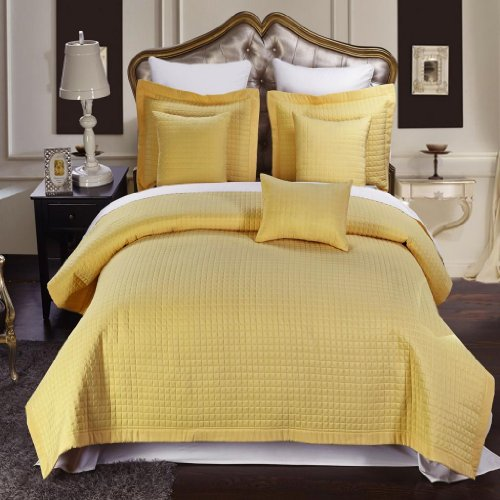 10 Piece Cal King Size, Gold Color, Super Luxurious Wrinke Free Reversible Checkered Coverlet / Quilt Bedding Ensemble Set With Decorative Pillows And Bed Sheet Set front-322405