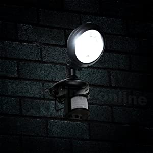 Led Super Bright Solar Powered Motion Pir Sensor Security Spotlight