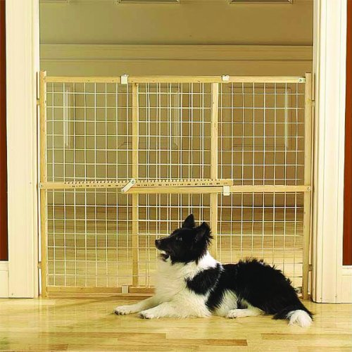 Four Paws Products Ltd 100203579 Coated Wire Wood Frame Gate 26-42 Inch front-54519