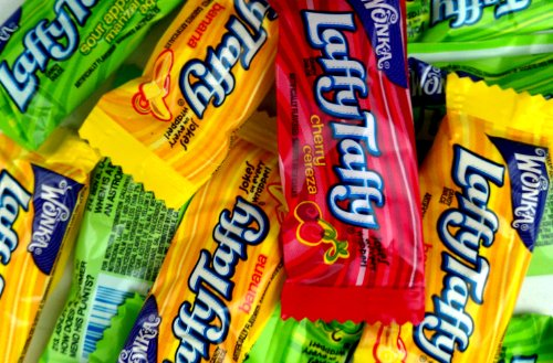 laffy-taffy-assorted-2lb-bulk-bag