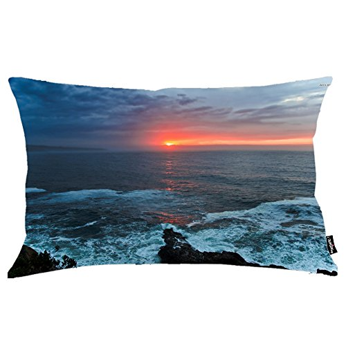 i FaMuRay Decorativa per Cuscino (Insert & Cover), Burning Sun Covered by Dark Clouds Above the Ocean King Size 20x36