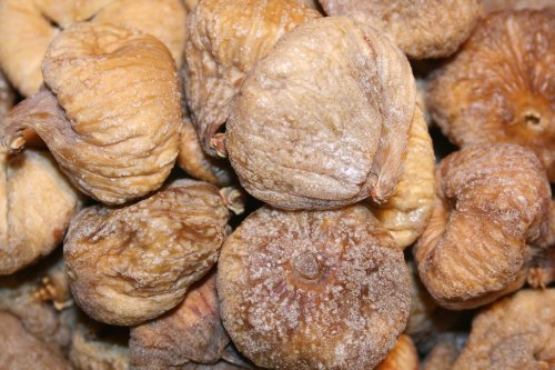 Organic Turkish Figs, 2lbs-Shipped from Bayside Candy