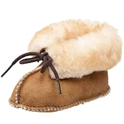 Minnetonka Sheepskin Bootie (Infant/Toddler),Golden Tan,1 M US Infant