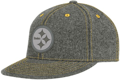 NFL Men's Pittsburgh Steelers End Zone Flat Visor Flex Hat - Tw83Z (Dark Grey, Small/Medium)