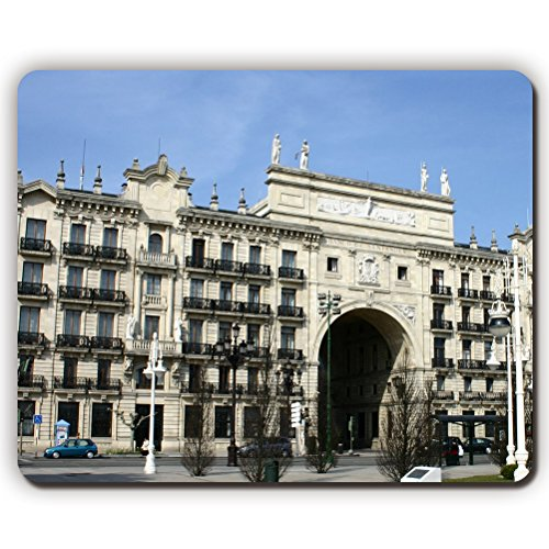 mouse-padsantander-grupo-santander-spain-financial-services-bankinggame-office-mousepad-size260x210x