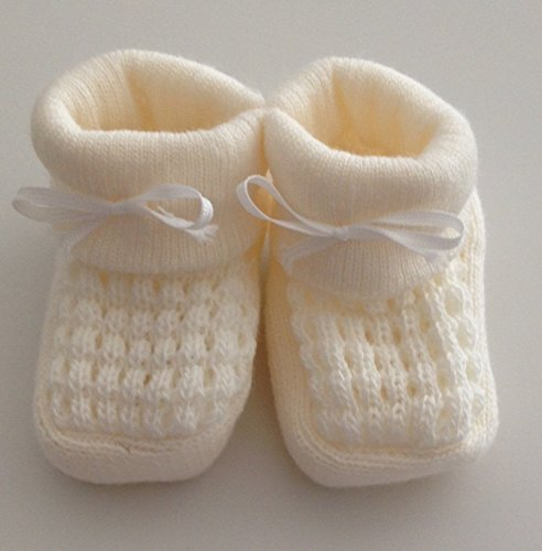 babies-knitted-booties-baby-newborn-bootees-white-pink-cream-or-blue