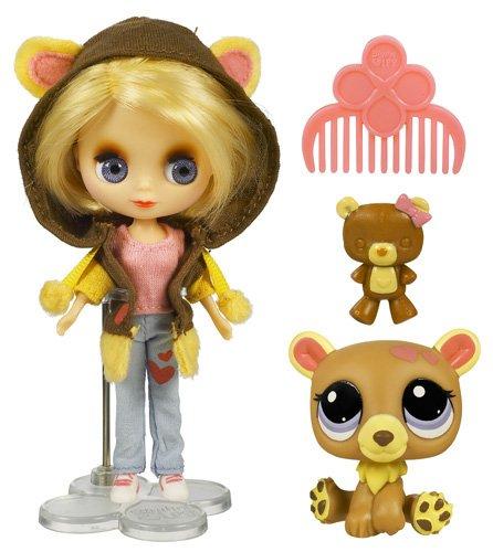 Imagen principal de Hasbro Littlest Pet Shop Blythe loves Pet Shop Osezno - Muñeca con mascota de juguete y accesorios