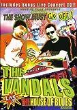 echange, troc Vandals - The Show Must Go Off [Import anglais]