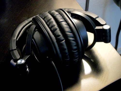 Amazon.com: Audio-Technica ATH-M50 Professional Studio