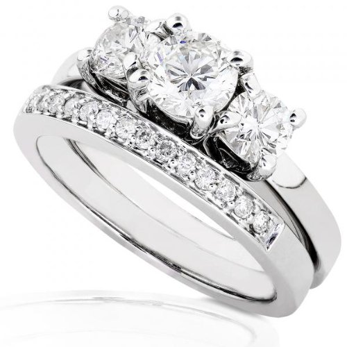 7/8ctw Three Stone Round Brilliant Diamond Wedding Ring Set in 14Kt White Gold (HI/I1-I2) &#8211; Size 5.5