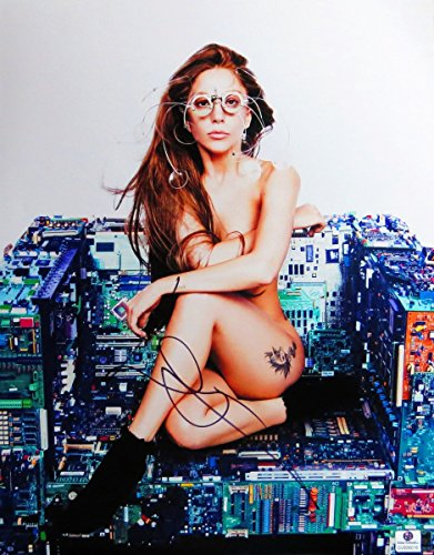 lady-gaga-signed-autographed-11x14-photo-gorgeous-sexy-computer-chair-gv806016
