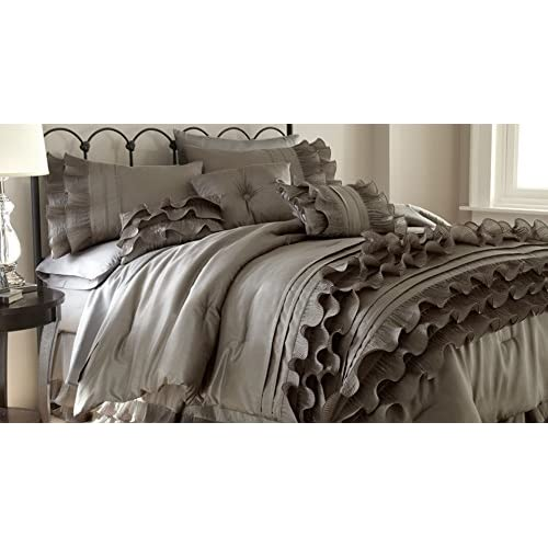 Epic CHT home collection piece Embellished forter set King Anastacia Pearl White