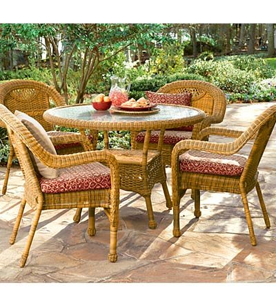Prospect Hill Handwoven Resin Wicker Outdoor Round Dining Table and Four Chairs, in Antique White