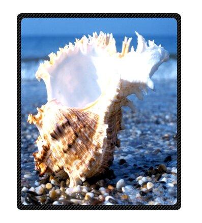 Seashell Throw Blanket front-1038547