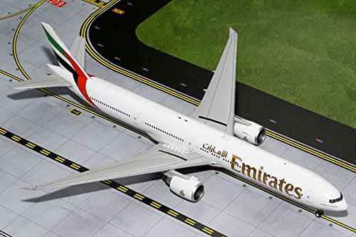 Gemini200 Emirates 777-300ER Airplane Model (1:200 Scale) (Emirates Model compare prices)
