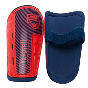 Official Arsenal FC Kids Shin pads - A Great Gift / Present For Boys, Sons, Friends, For Christmas, Birthdays, Valentines Day Or Just As A Treat For Any Avid Football Fan