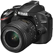 Nikon D3200 + Nikkor 18/55VR II new, Fotocamera Reflex Digitale, 24,2 Megapixel, SD 8GB 200x Premium Lexar, colore: nero [Nital card: 4 anni di garanzia]