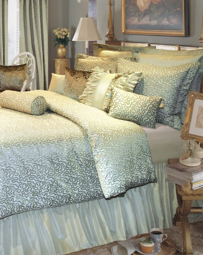 Rose Tree  Pacific Heights Comforter Set California King, Celadon