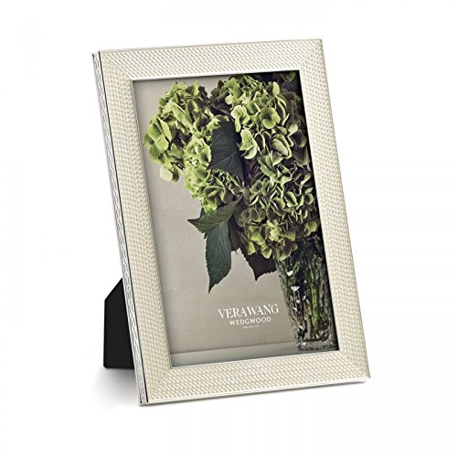 vera-wang-by-wedgwood-silver-plated-with-love-nouveau-pearl-4-x-6-photo-frame-by-wedgwood