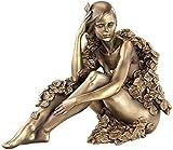 Carlo Milano Sitzende Frauen-Statuette
