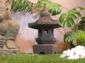 lanterne japonaise lampe de jardin japonnais en pierre de. Black Bedroom Furniture Sets. Home Design Ideas