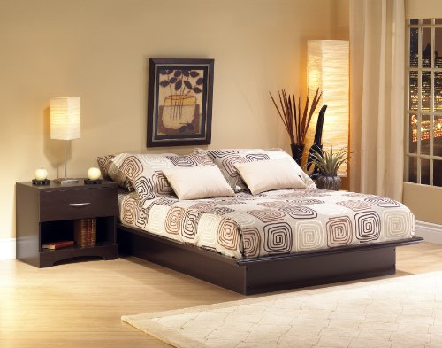 South Shore Back Bay 3 Piece Queen Platform Bedroom Set Dark Chocolate. Includes Bed Frame, 1 Nightstand. Stylish And Modern Design Will Work Well In Lofts, Contemporary And Modern Decors.