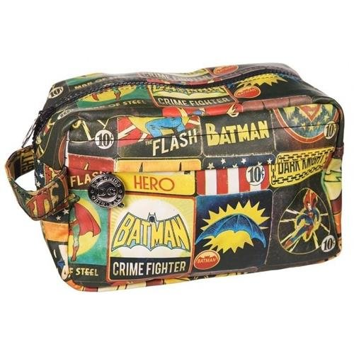 dc-comics-vintage-character-wash-bag