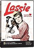 LASSIE'S GIFT OF LOVE