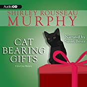 Cat Bearing Gifts: A Joe Grey Mystery, Book 18 | Shirley Rousseau Murphy