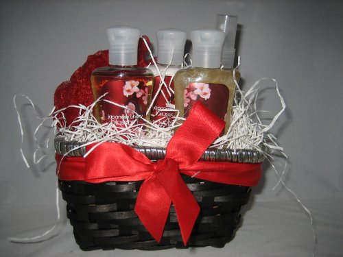 Bath & Body Works Japanese Cherry Blossom Gift Basket - Small