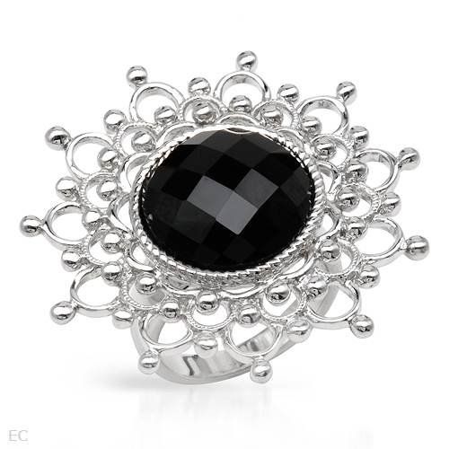 Cocktail Ring With 9.31ctw Genuine Onyx in 925 Sterling silver. Total item weight 14.5g (Size 6.5)