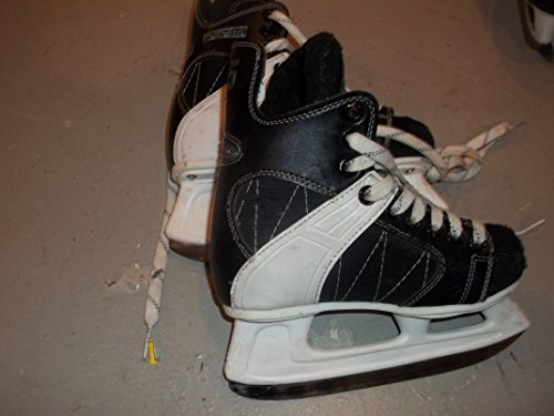 CCM Intruder 55 Ice Hockey Skates - Size 1.0 (youndster/teen) - Very Good Condition