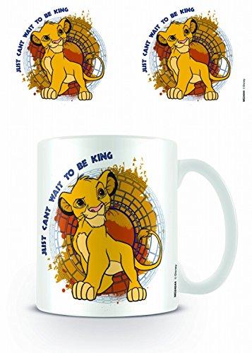 Set: Il Re Leone, Just Can't Wait To Be King Tazza Da Caffè Mug (9x8 cm) e 1 Sticker sorpresa 1art1®