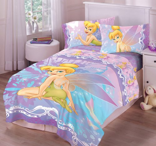 This full-sized comforter features beloved Disney character, Tinkerbell,