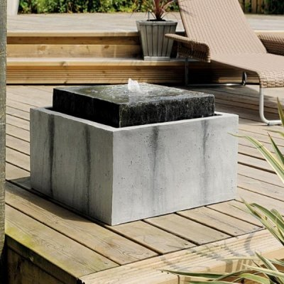 Stone Falls Water Feature With Feature Light