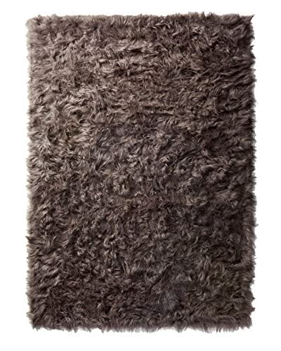 Dreamweavers Faux Lamb Rug