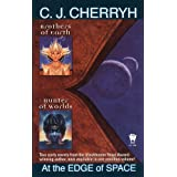 At the Edge of Space: Brothers of Earth / Hunter of Worldspar C. J. Cherryh