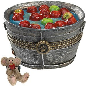 Boyds Bears Apple Bobbin' Bucket & Macintosh McNibble