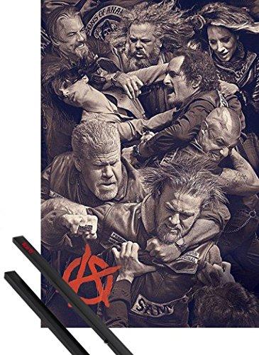 Poster + Sospensione : Sons Of Anarchy Poster Stampa (91x61 cm) Fight e Coppia di barre porta poster nere 1art1®