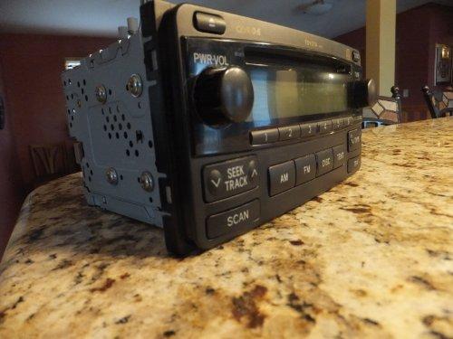 04 05 06 07 08 Toyota Matrix 6 Disc Radio Cd Changer