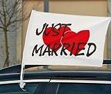 Autoflagge Just Married mit Herzen