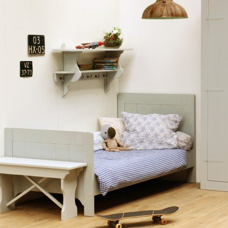Alfred & Compagnie - Lit pin massif avec sommier 90x200 gris vintage Théodore