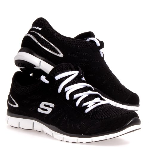 Women's Skechers Active, Gratis Purestreet Sneaker (8.5, Black / White)