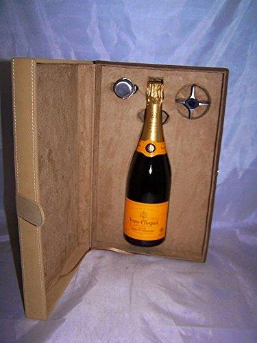 champagne-confezione-camoscio-1-btg-veuve-cliquot-spb-2-accessori-75-cl-clicqu