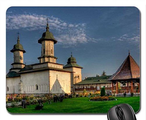 monastery-from-buco-vina-romania-mouse-pad-tapis-de-souris-mouse-pad-religieuse